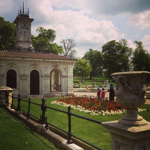 V&A, Hyde Park