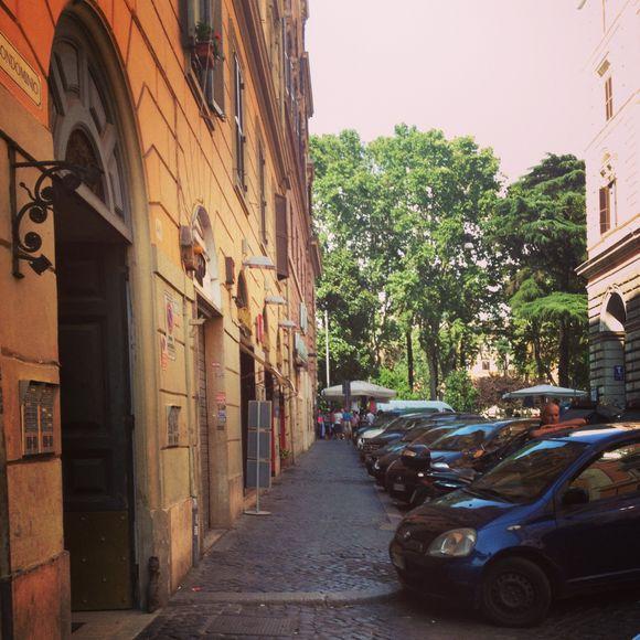 Roma apartment - via bounarotti